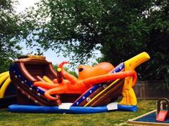 Octopus monster attack pirate ship slide