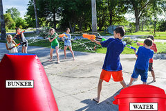Water Tag Fun<br><font color=blue><b>20+ Water Guns with Bunkers</b>