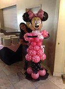 Minnie Mouse Balloon Sculpture
