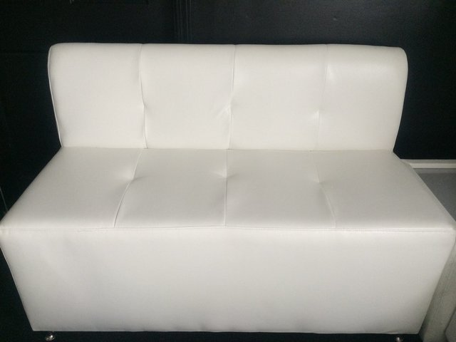 White Sofa  (3 ppl)