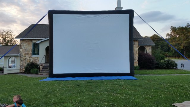 Gigantic Movie Screen (F-33)