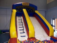 18ft Slide with Ball Pit