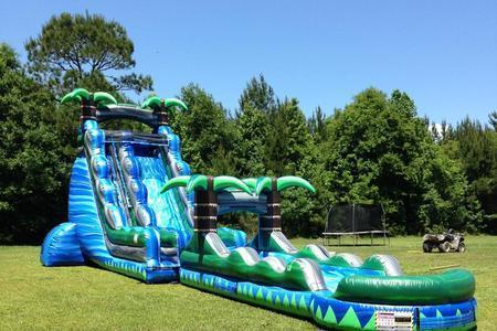 22' Blue Crush with Slip and Slide