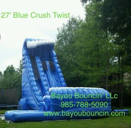 27' Blue Crush Twist- Package Deal with Tables & Chairs