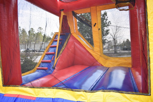 Sports 4in1 Combo Bouncer Interior