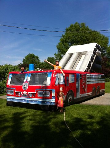 DRY   15' Fire Truck