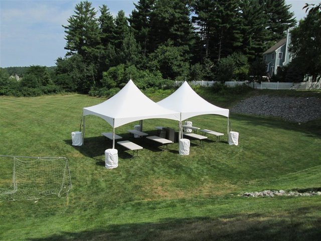 20' x 40' High Peak Tent (Seats 100)