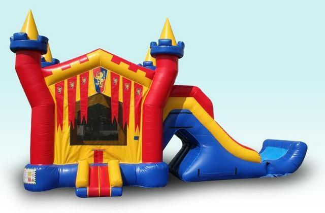 3D Castle Bounce/Dry Slide Combo with Bumper