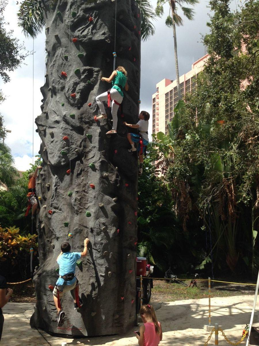 giant rock climbing wall rental events in northeast and jacksonville florida