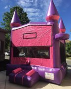 Bounce House Castle (w/2 hoops)