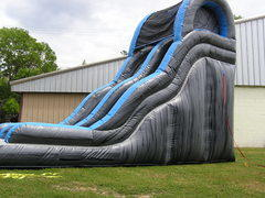 19 ft TIDAL WAVE SLIDE
