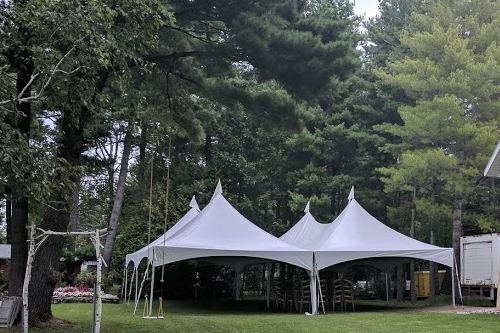 40x40 High Peak Frame Tent Package for 190 (Round Tables)