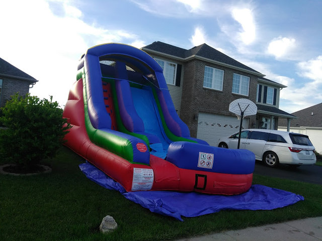 18' Retro Water Slide