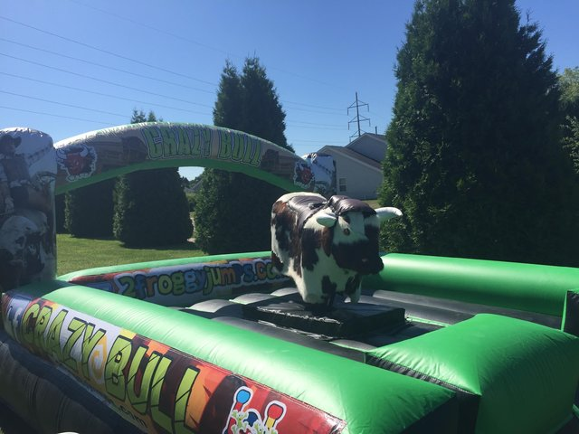 Mechanical Bull 2 Hours W/Attendant $600 each additional hour only $100