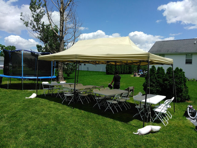 10x20 Popup Tent Package for 20