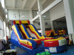 16 ft Wild Splash Dry Slide