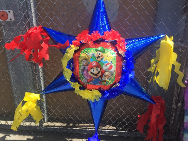 Super Mario Bros  Star Pinata