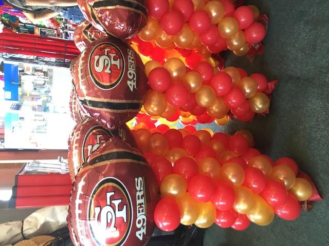 Sports Team  Balloon Centerpieces