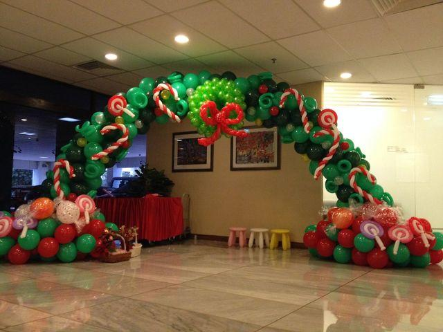 Holiday  Balloon Arch