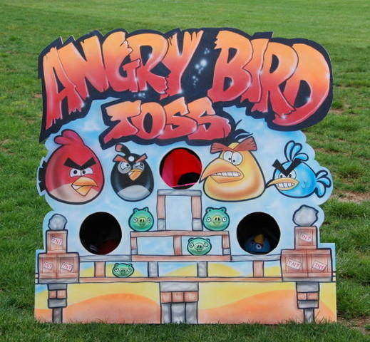 Angry Birds Carnival Toss Game