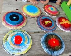 Frisbee Spin Art