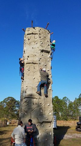 (112) 28 Foot Tall Rock Wall