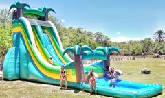 Island Breeze Giant Slide with Pool