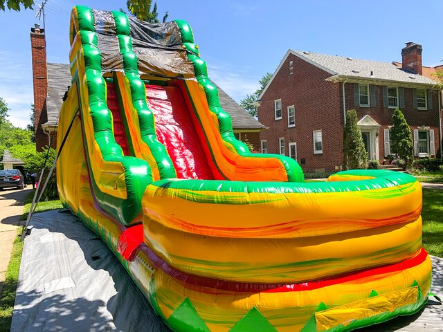 18ft Fiesta Water Slide