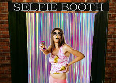 Selfie Photo Booth - Colorful Theme