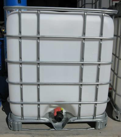 Water Barrels 275 Gallon