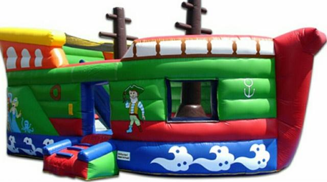 26 Foot Pirate Ship w/ Inside Dry Slide