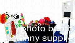 Photo Booths Accesories (glasses, scarves, hats, etc.}