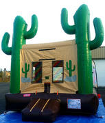 Cactus Jack Bounce House with Basketball Hoop
