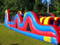 obstacle course bounce castle