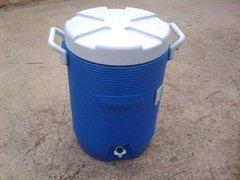 Drink / Water Cooler (5 Gallon)