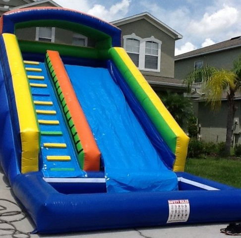 18 Ft Water Slide w. Pool