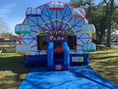 Deluxe Bounce House