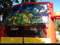Deluxe Bounce House Ninja Turtle