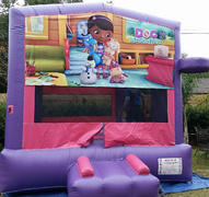 Deluxe Bounce House Doc Mc Stuffin/ Pink/