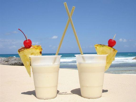 Pina Colada frozen drink machine