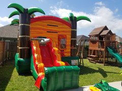 Tropical combo waterslide