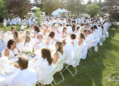 Diner En Blanc Table Set