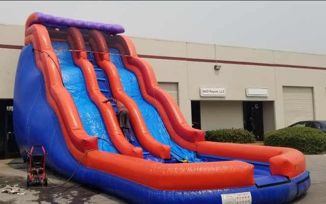 BF - 25 Foot Double Lane Wave Slide
