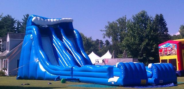 27 Foot Pipeline Duel lane water slide with landing