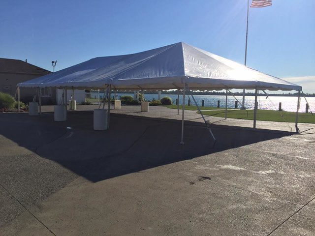 30' X 60' (1,800 square feet) Frame Tent