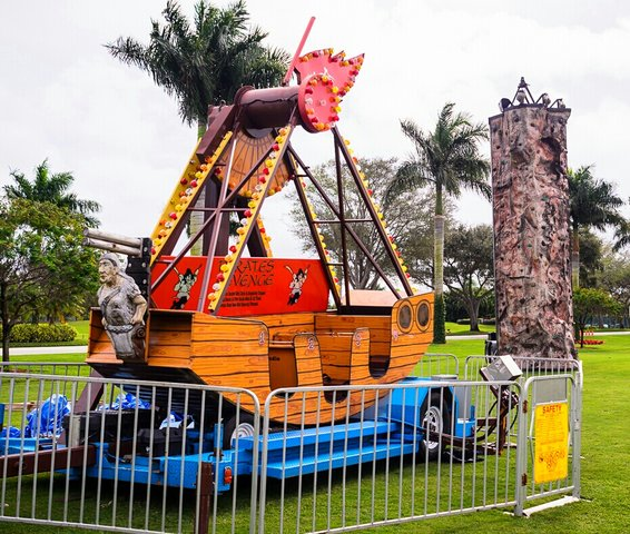Pirates Revenge Pirate Ship