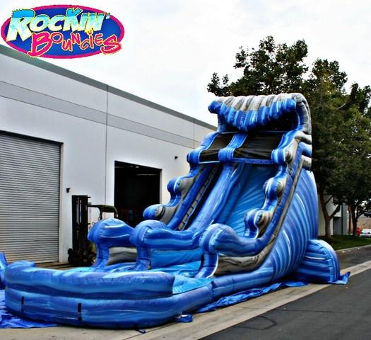 20 Ft Blue Thunder with XL pool ( Family Friendly )