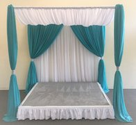 8'x8' STAGE WITH DRAPE SET TWO TONE