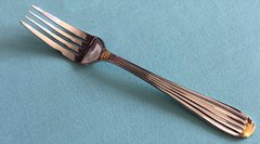72FW- DINNER FORK WITH GOLD ACCENTS