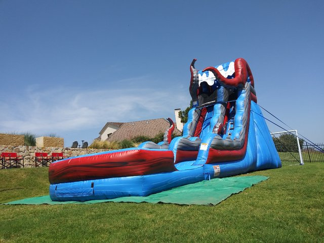 19ft Kraken Slide (DRY)